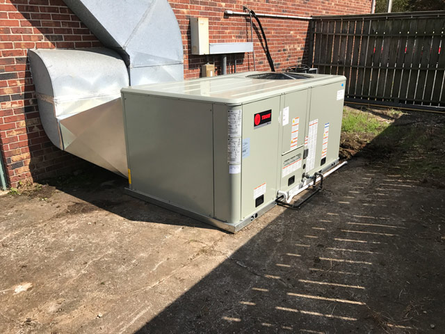 Changed out a new 7.5 ton 3 phase gas package unit